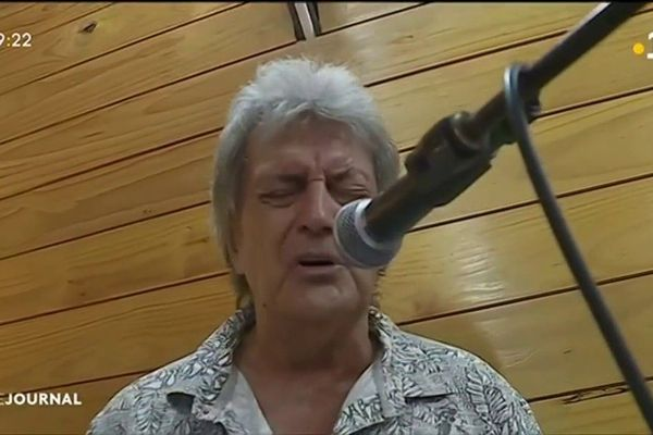 John Gabilou : « ma vie, c'est chanter »