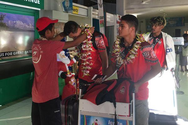 arrivée de la seconde partie des athlètes au vanuatu