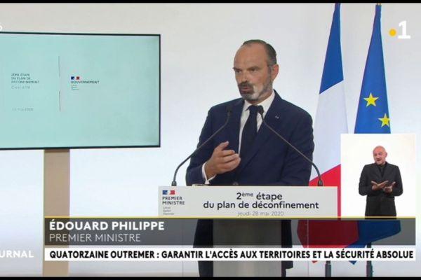 E Philippe : « les déplacements entre l'hexagone et l'outremer limités à des motifs impérieux »