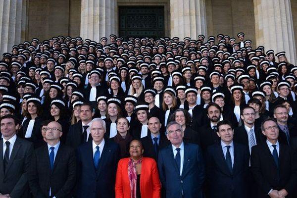 Christiane Taubira et les élèves de l'école nationale de la Magistrature