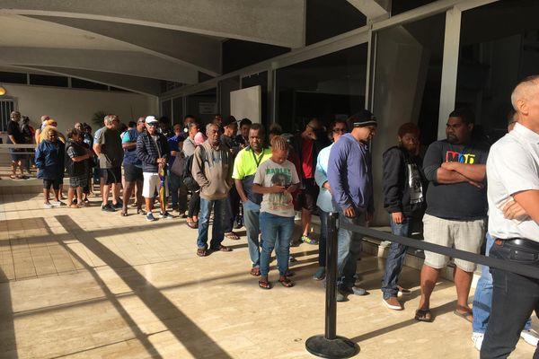 File d'attente mairie de Nouméa