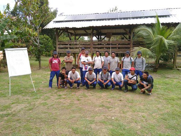 Chantier école camp Makata à Camopi