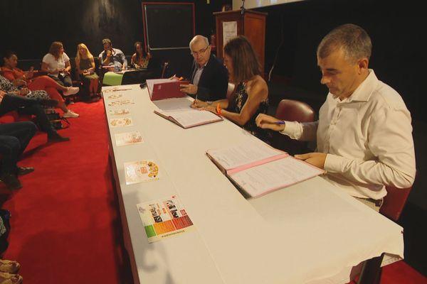Violences conjugales : signature de convention entre l'Etat et le gouvernement