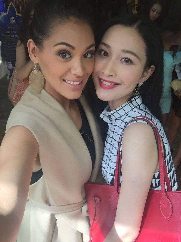 Selfie Hinarere Tapuru avec Miss China