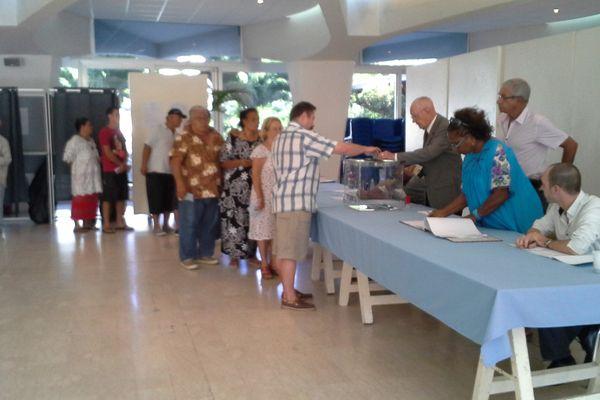 ouverture vote à Nouméa 23/03