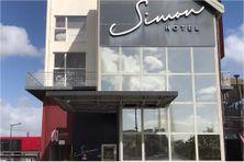 Entrée principale du Simon hôtel, à Fort-de-France