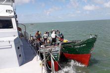 Contrôle et arraisonnement en mer par les Gardes-côtes