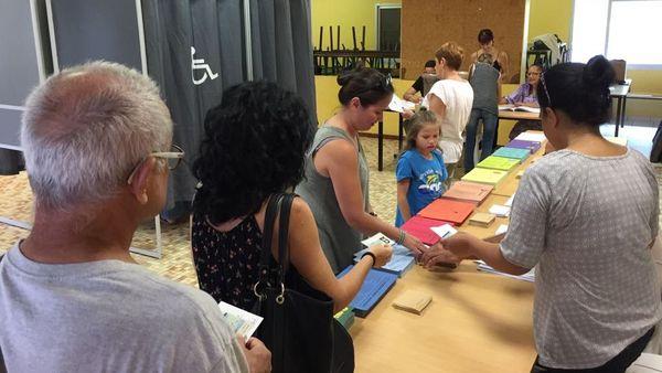 Provinciales 2019, vote école Dupont Receiving