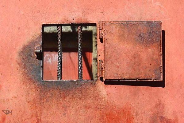 Porte de prison à Madagascar