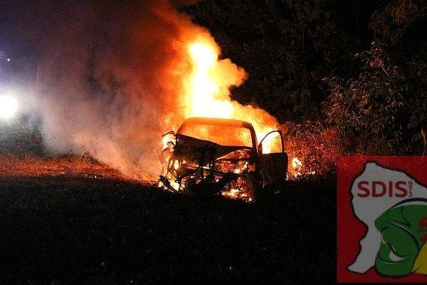 Incendie voiture