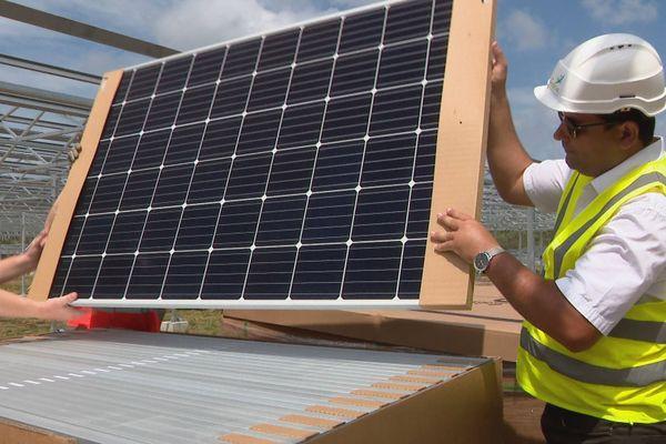 Panneau solaire de la ferme agrosolaire de Farino