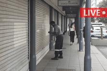 Un couvre-feu est annoncé dès mardi soir, et le nombre de commerces autorisés à rester ouverts a été revu à la baisse