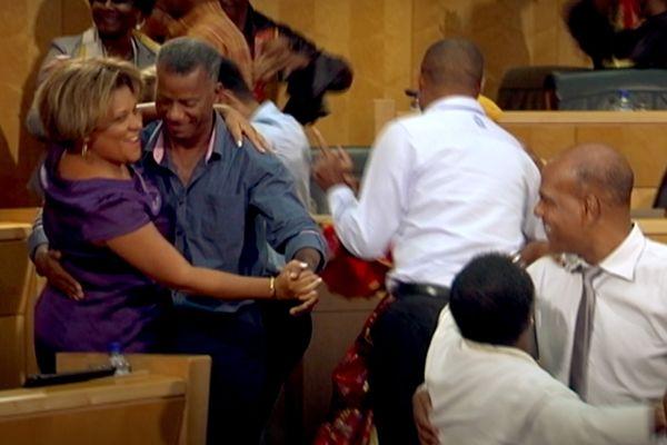 Les élus dansent