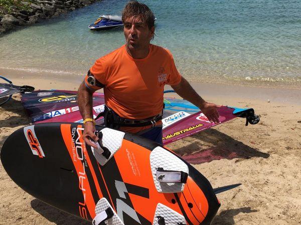 Antoine Albeau vainqueur de la Bluescope Race