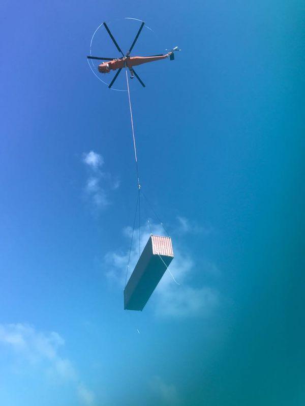 Hélicoptère Skycrane conteneur Kea Trader (25 août 2017)