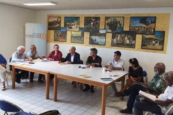 Conférence sur l'enseigneemnt de l'histoire-géo de la Calédonie