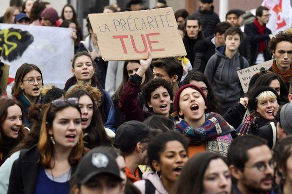 Manifestation étudiante contre la précarité, mardi 26 novembre 2019 à Lyon