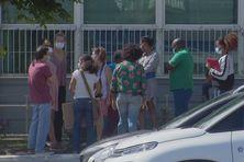Un groupe de parents d'élèves de Petit Bourg mobilisés pour obtenir la réouverture de toutes les écoles de la commune