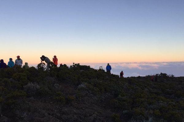 Des admirateurs au volcan