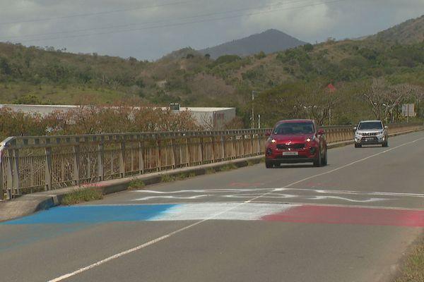 Référendum 2020, drapeau tricolore, Bourail