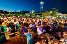 Public du cénacle, au festival culturel de Fort-de-France - (forum du jeudi 23 juillet 2020, sur l'histoire et la mémoire dans l'espace public).