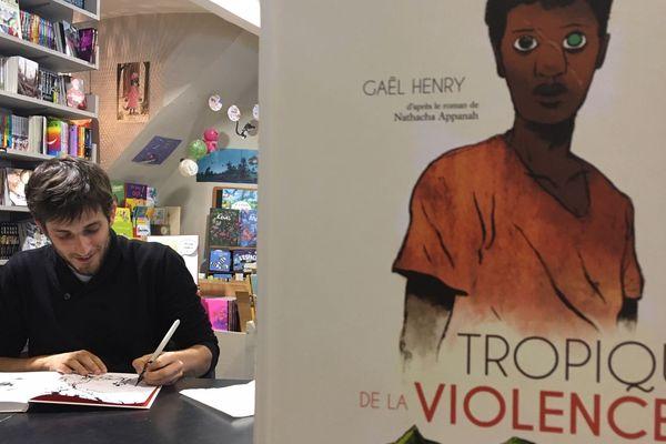 Le roman tropique de la violence adapté en BD