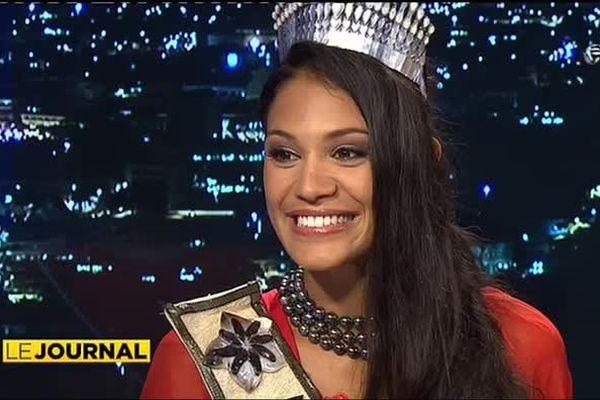 miss Tahiti 2014 Hinarere Taputu invitée du journal