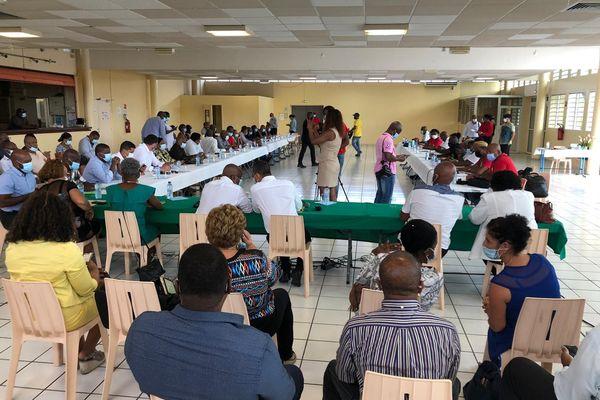 Début des négociations entre l'UTC-UGTG et les maires de Guadeloupe (11/03/2021)