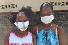 Samantha-Theïssa et Samantha-Stessie ne sont pas encore scolarisées. Leur famille n'était pas au courant qu'il fallait s'inscrire au CASNAV via internet.