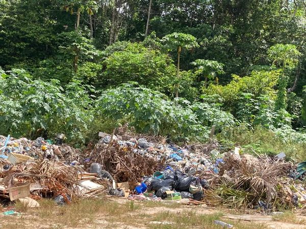Le Maroni et ses déchets