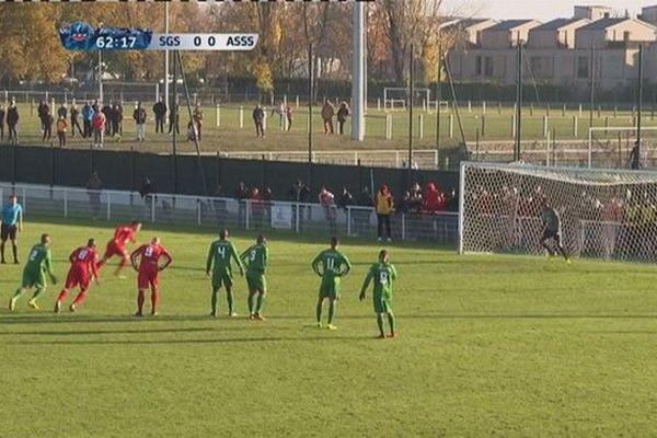 Football 7eme tour Coupe de France Sainte Suzanne Sainte Geneviève but sur penalty 181118