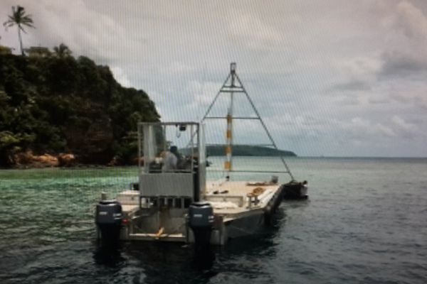 Pose de Balise en mer