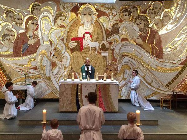 célébration messe père Cédric