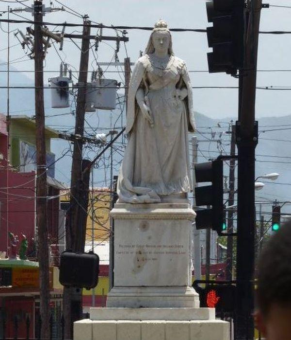 Statue Reine Victoria