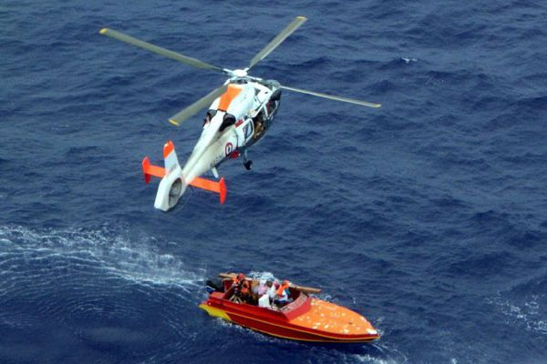 Les trois marins ont été hélitreuillés sains et saufs