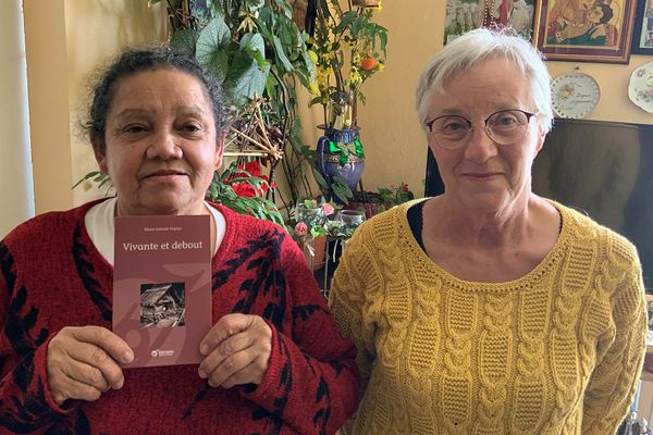 """Marie-Josiane Tiquao et Marie-Christine Degand pour le livre """"Vivante et debout"""" (éd. Quart-Monde)"""