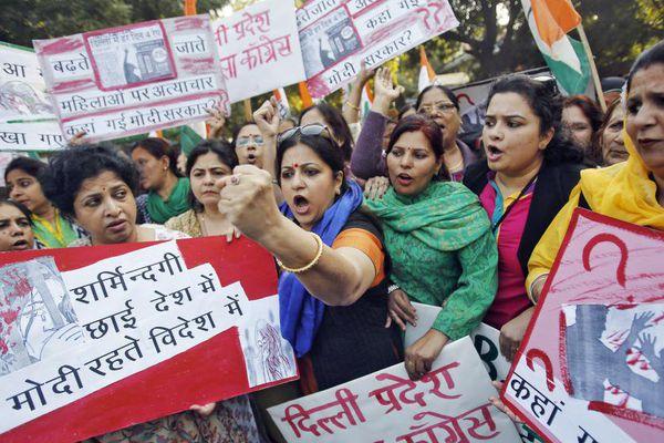 Inde : manifestation femmes / Viol