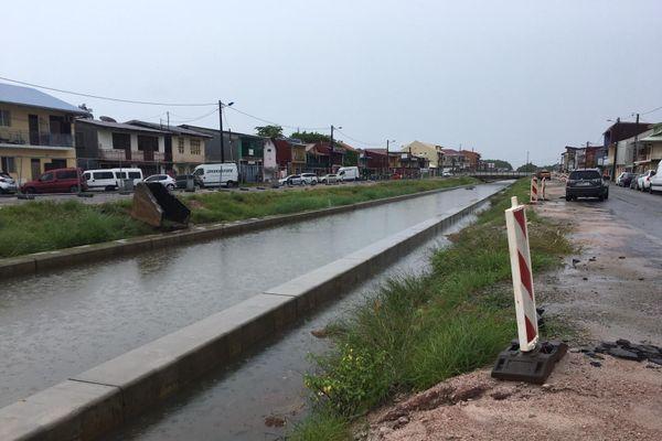 le canal Laussat à Cayenne