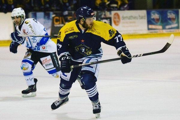 Le hockeyeur saint-pierrais Nicolas Siegfriedt renoue avec Dunkerque