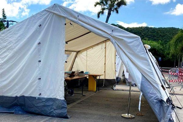 Centre de dépistage par test rapide antigénique, situé à St Jean - Saint-Barthélemy