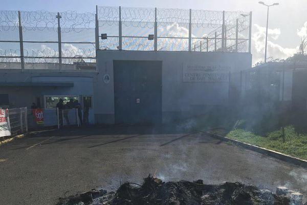 Mouvement à la prison de Baie Mahault 2