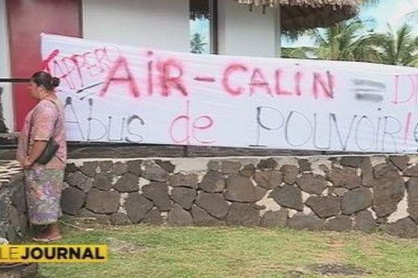banderole manifestation contre Aircalin