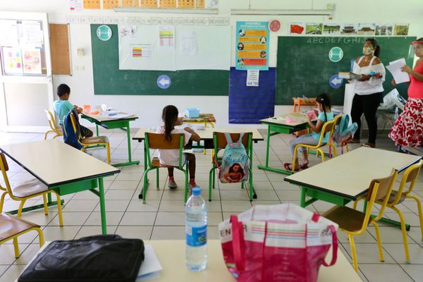 école taiarapu est