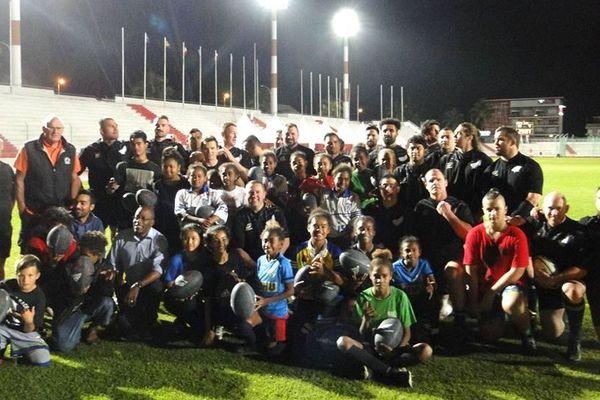 Rencontre entre les anciens All Blacks et de jeunes passionnés de rugby, 28 août 2018