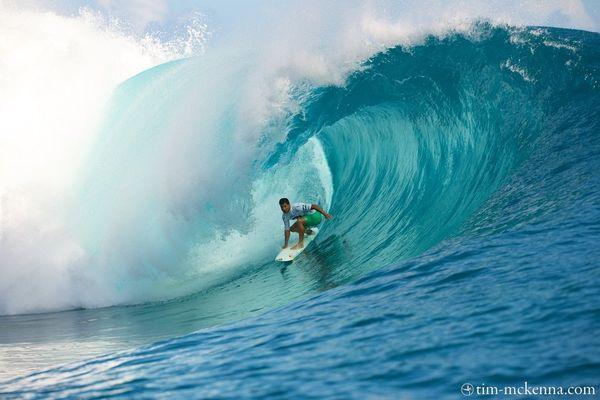 Le tahitien Michel Bourez favori de l' épreuve.
