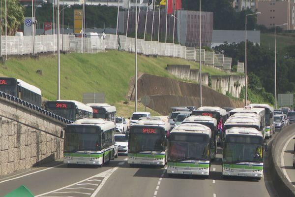 Bus sur la RN5