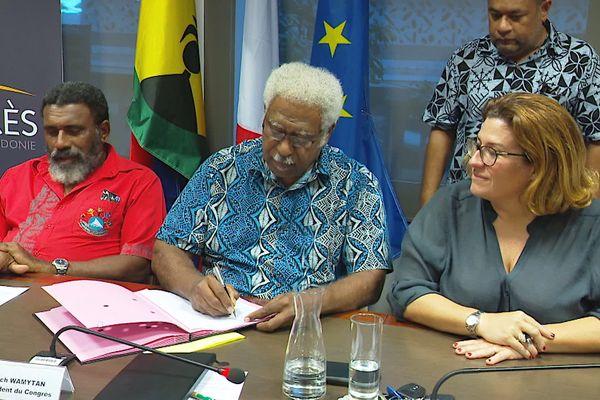 Signature d'un accord politique sur l'usine du Sud, 4 mars 2021, Roch Wamytan / Sonia Backès