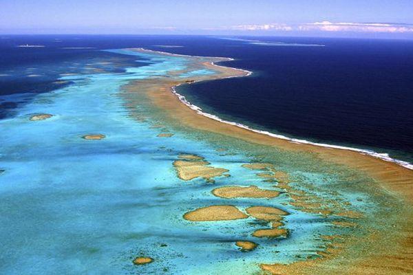 La France étend de près de 500 000 km2 son domaine maritime au large des Outre-mer