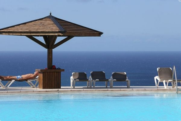 Les hôtels tentent de survivre à la crise sanitaire à La Réunion.