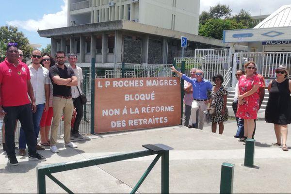 Grève des professeurs au LP de Roches Maigres